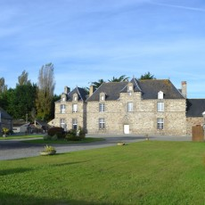 1-Chateau-laumone-r